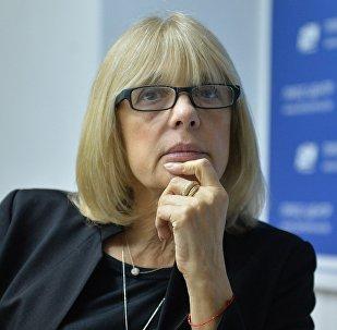 Актриса и режиссер Вера Глаголева