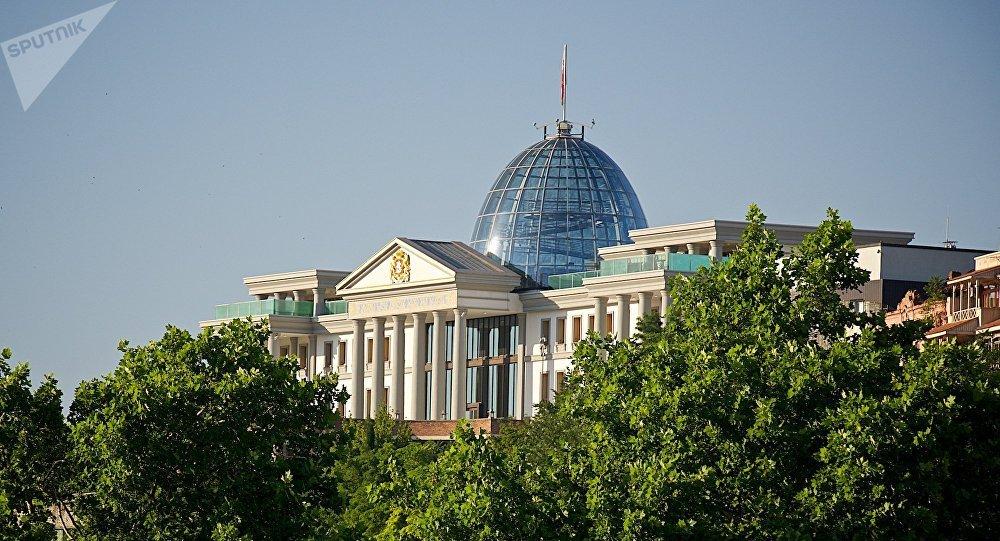 Президентский дворец в районе Авлабари