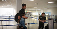 Заза Пачулия в аэропорту Афин