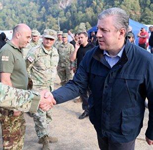 Военные и Георгий Квирикашвили в Боржоми-Харагаульском лесу