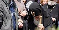 Илия Второй отслужил панихиду у могилы Неизвестного солдата в Тбилиси