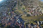 Панорамный вид на Тбилиси с высоты птичьего полета