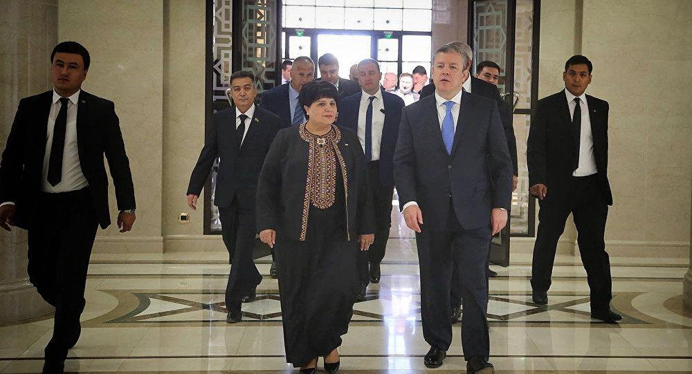 Руководителя МИД РФ иТуркменистана обсудили подготовку встречи В. Путина иБердымухамедова