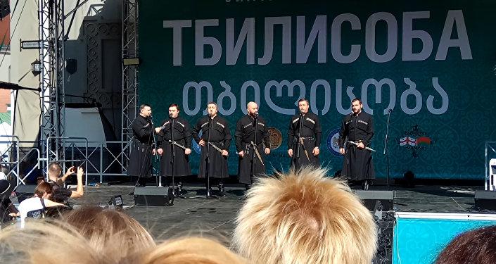 Видеофакт: На открытии Тбилисобы грузины пели Купалинку