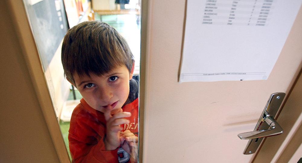 """""""განსაკუთრებული"""" ბიჭუნა, აუტისტი ბავშვი საფრანგეთიდან"""