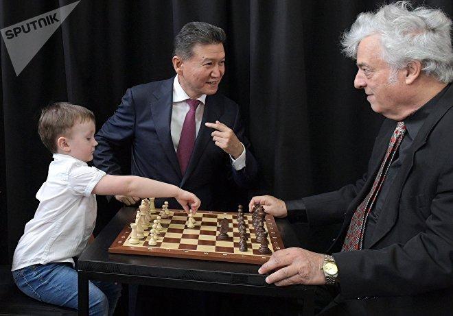 Шахматы. Гран-при Москвы. Первый день