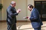 Президент Грузии Георгий Маргвелашвили наградил композитора Мишеля Сони Орденом Чести