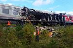 Пассажирский поезд столкнулся с грузовиком