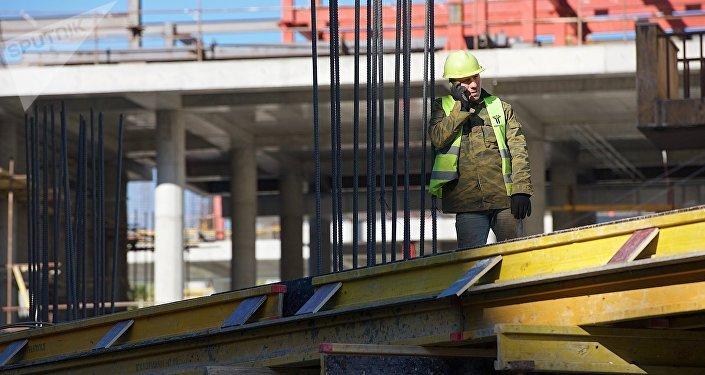 ახალი სავაჭრო ცენტრის მშენებლობა თბილისში