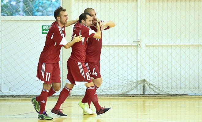 Сборная Грузии по футзалу сыграла вничью 2:2 в городе Дева с командой Румынии