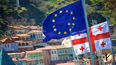 Флаги Евросоюза в центре столицы Грузии
