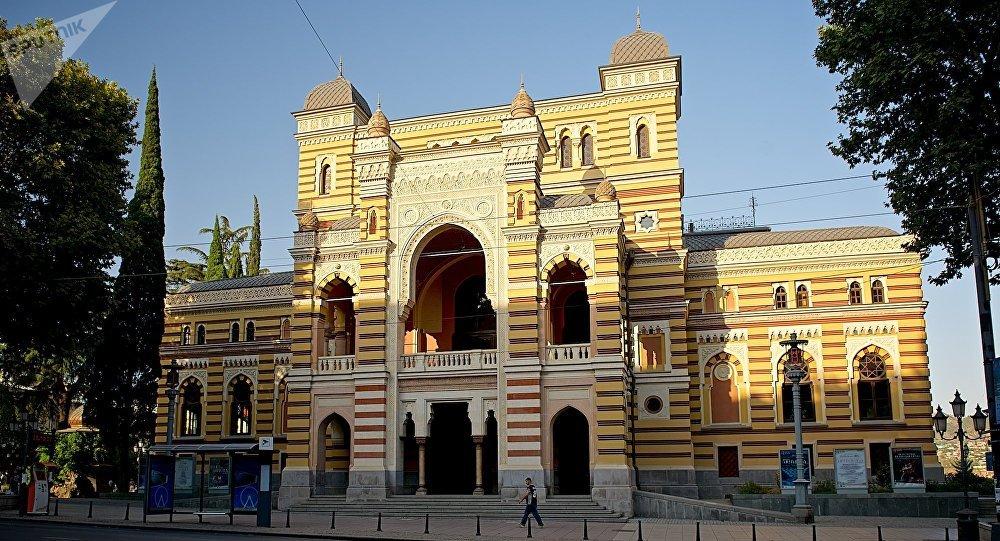 Театр оперы и балета им Захария Палиашвили