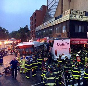 Столкновение автобусов в Нью-Йорке