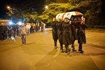 В столицу Грузии доставили гроб с телом знаменитого оперного певца Зураба Соткилава
