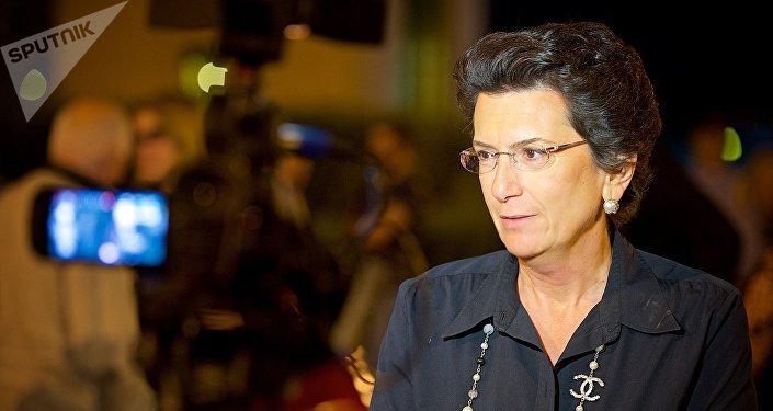 Экс-спикер парламента Грузии, лидер оппозиционной партии Демократическое движение Нино Бурджанадзе