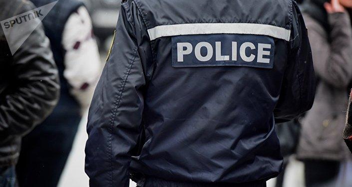 პოლიციის თანამშრომელი