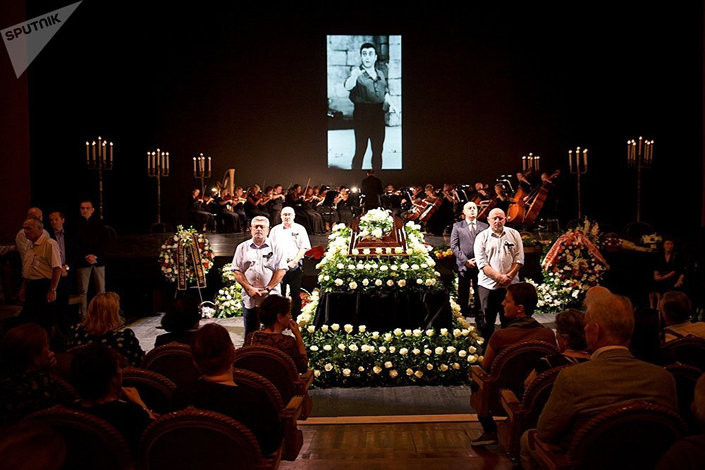 Быть похороненным в Грузии было последней просьбой великого артиста