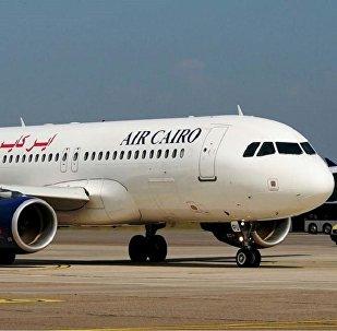 Самолет авиакомпании Air Cairo