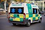 Бригада службы Скорой медицинской помощи едет по вызову