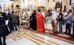 სამების საკათედრო ტაძარს ასობით მორწმუნე ეწვია ქეთევან დედოფლის წმინდა ნაწილების თაყვანისსაცემად