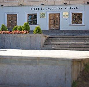 პირველი კლასიკური გიმნაზიის შენობა