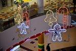 Новогодняя иллюминация в одном из тбилисских торговых центров