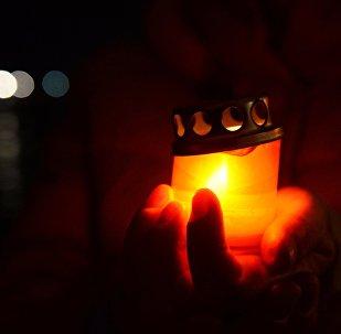 ანთებული სანთელი