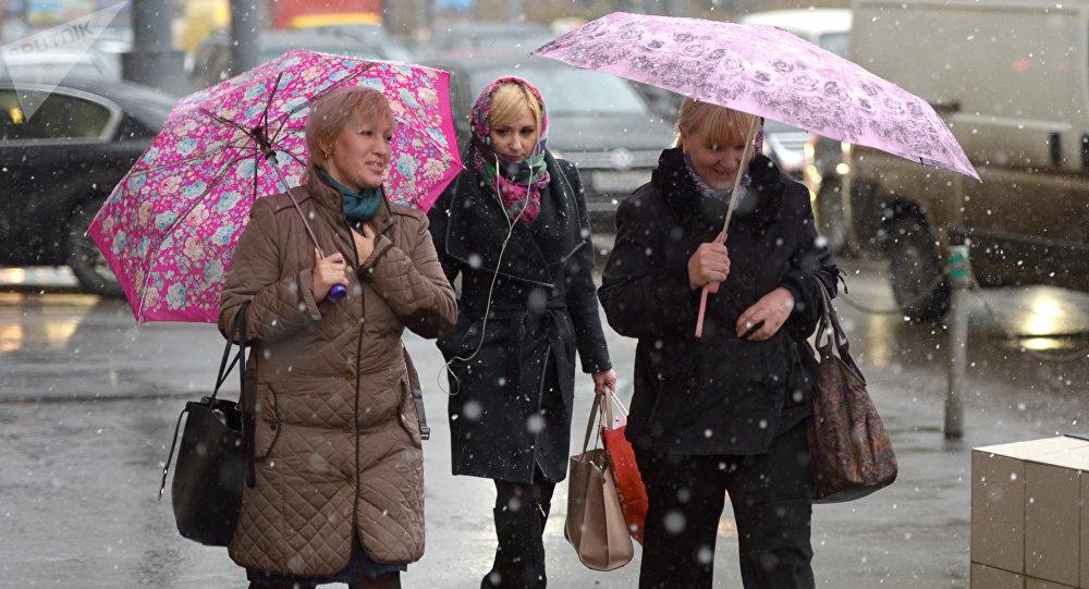 Подача тепла вжилые дома исоциальные объекты началась в столице России