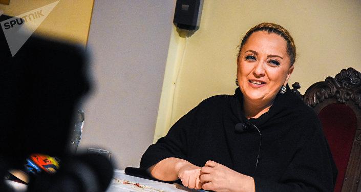 Певица Нино Катамадзе разоткровенничалась со слушателями