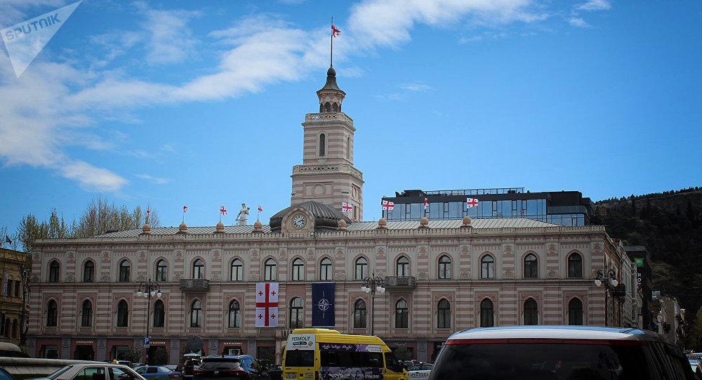 Здание городского совета - Сакребуло Тбилиси