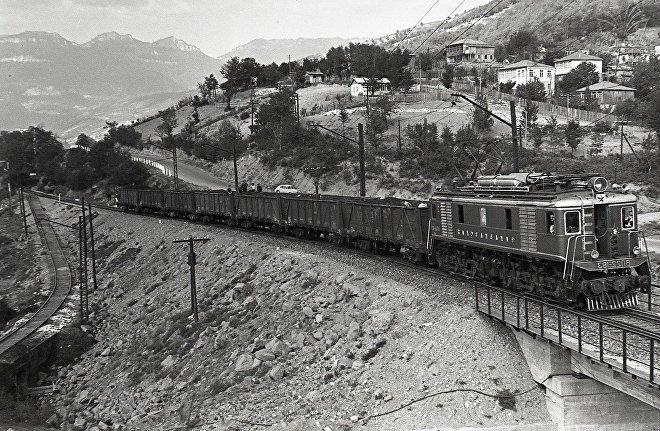მატარებელი ტყიბულში