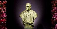 Статуя шведского промышленника Альфреда Нобеля в Стокгольмском концертном зале