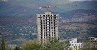 Возведение новых жилых домов на окраине Тбилиси