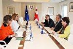 Встреча представителей правительства Грузии и Красного креста
