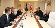 Встреча представителей правительства Грузии и Канады