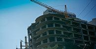 Строительство нового жилого дома на площади Саакадзе у здания мэрии грузинской столицы