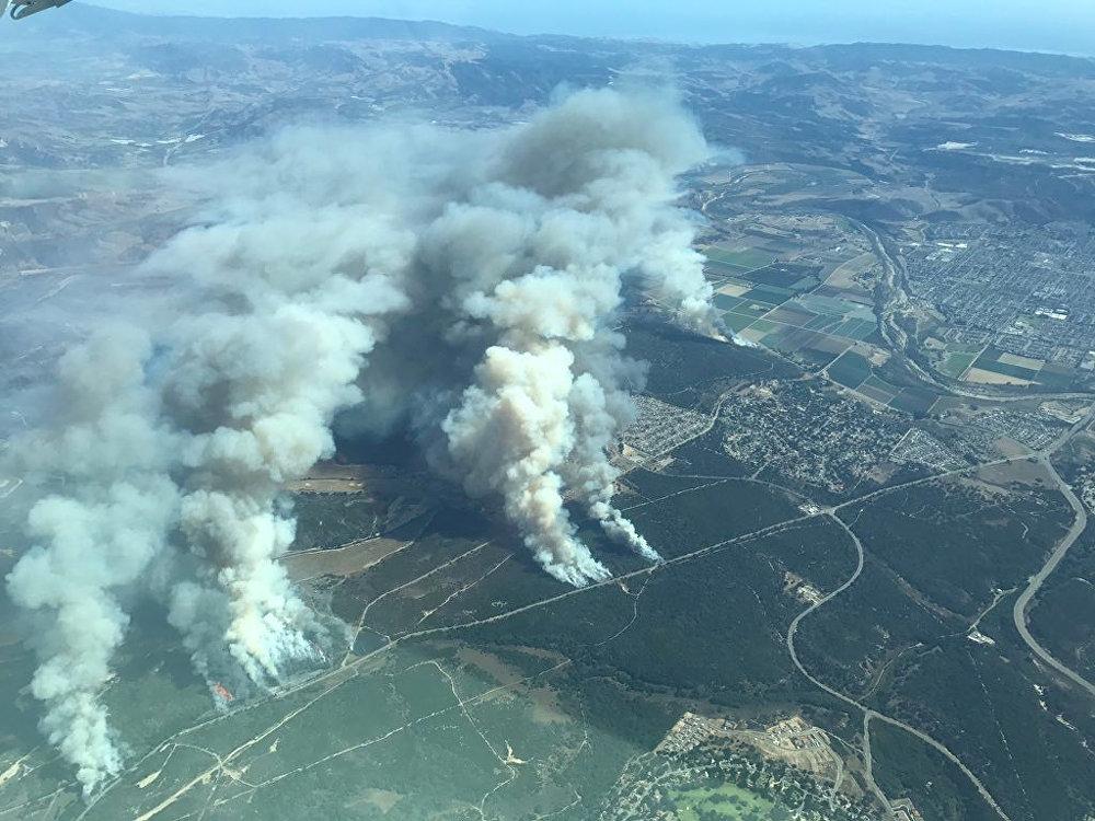 ასე გამოიყურება კალიფორნია ხანძრის დროს სიმაღლიდან