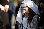 Девочка в национальном грузинском костюме