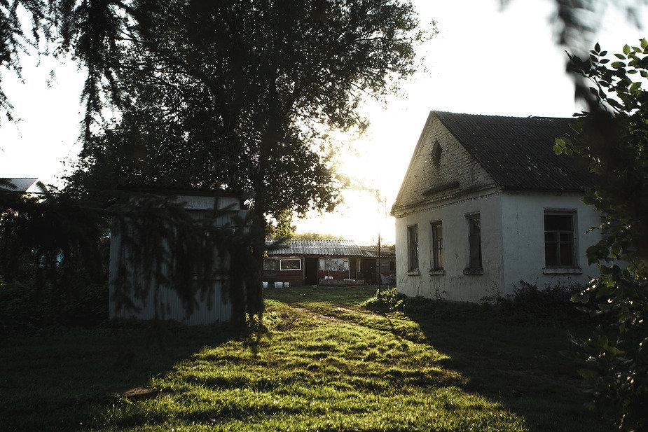 В село Архангельское духоборцы переехали в 1989 году