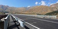 Новый мост на дороге в направлении границы Грузии с РФ