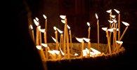 Горящие свечи в храме Светицховели