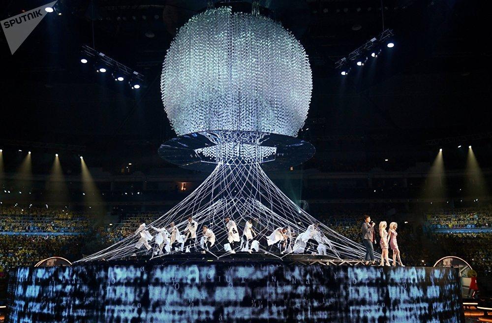 Грандиозное шоу на церемонии открытия фестиваля надолго запомнится всем его участникам и гостям