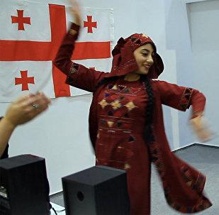 Грузия на YOUTH EXPO: как на выставке в Сочи учат грузинским танцам