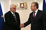 Министр иностранных дел Польши Витольд Ващиковский и премьер-министр Грузии Георгий Квирикашвили
