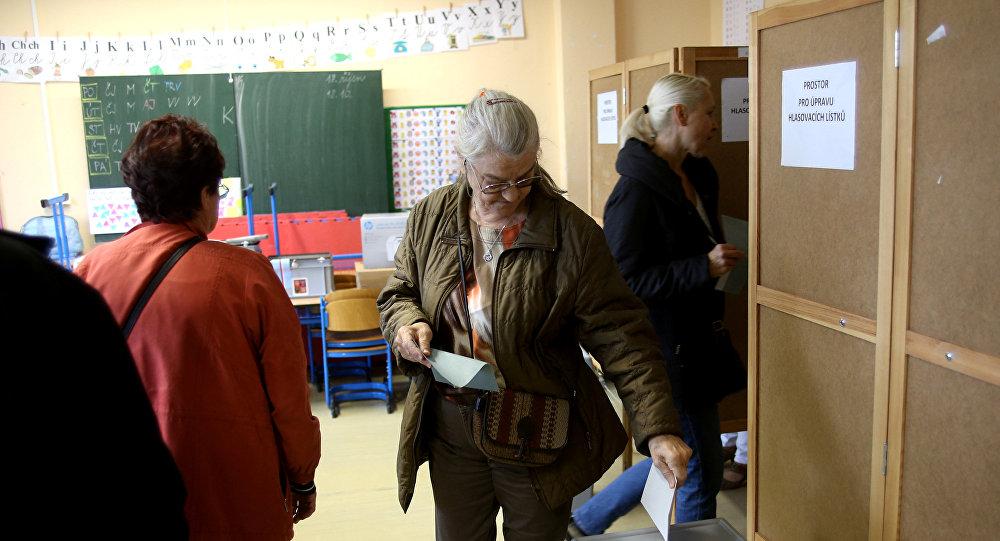 Партия миллиардера-центриста выигрывает навыборах вЧехии
