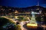 Ночной вид на Тбилиси и парк Рике