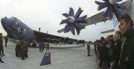 Стратегический американский бомбардировщик B-52. 6-й Международный авиакосмический салон МАКС-2003