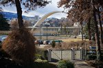 Вид на Тбилиси с территории выставочного центра Expo Georgia зимой
