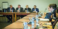 Как решить Нагорно-Карабахский конфликт мирно: конференция в Тбилиси