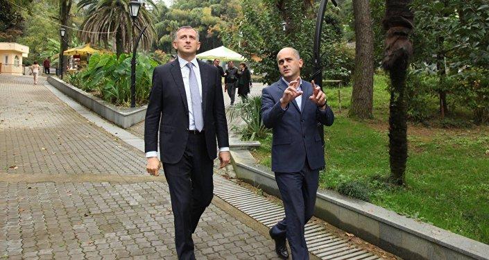 Глава правительства Аджарской АР Зураб Патарадзе на Зеленом мысе